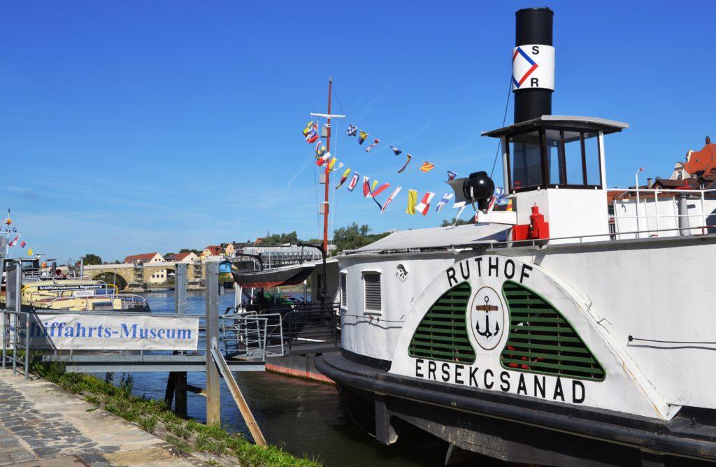 Dunajské lodní muzeum - kolesový parník Ruthof