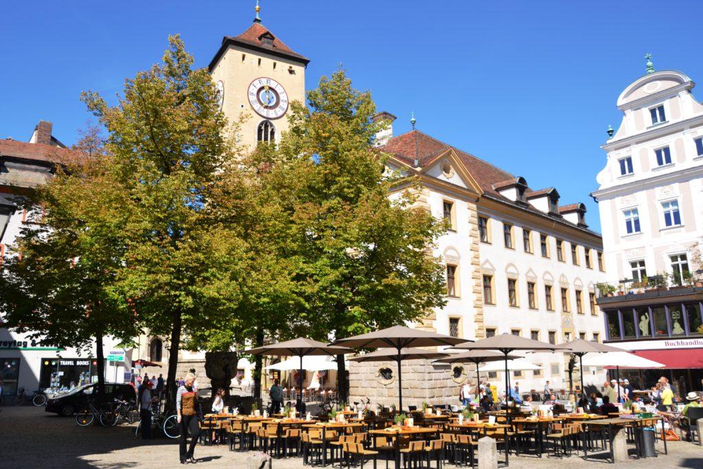 Kohlenmarkt - Uhelné náměstí, na kterém probíhá část trhů